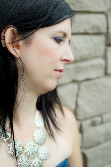 Another beautiful photo of pianist Renee Lavictoire.